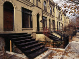Iron Steps and Entrances in Row Houses in 'Old Town,' Chicago Reproduction photographique par Paul Damien