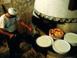 Pizzaiolo at Work at Pizzeria Trianon Fotodruck von Jean-Bernard Carillet