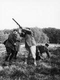 Vincent Auriol, Blasting Away at Pheasants Reproduction photographique sur papier de qualité par Dmitri Kessel