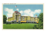 Rockland, Maine, Exterior View of the Samoset Hotel Prints by  Lantern Press