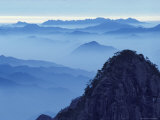 Landscape of Mt. Huangshan (Yellow Mountain), China Photographic Print by Keren Su