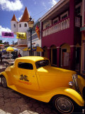 Street Scene in Philipsburg, St. Martin, Caribbean Reproduction photographique par Robin Hill