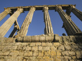 Roman Ruins of Temple of Diana, Evora, Portugal Photographie par John & Lisa Merrill