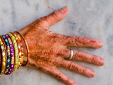 Henna Design on Woman's Hands, Delhi, India Photographic Print by Bill Bachmann