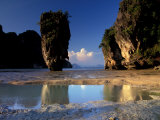 Ao Phangnga National Park, Karst Islands, Andaman Sea, Thailand Photographic Print by Art Wolfe
