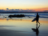 Surfer at Dusk, Gold Coast, Queensland, Australia Reproduction photographique par David Wall