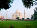Taj Mahal at Sunrise, Agra, India Photographic Print by Bill Bachmann