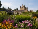 Gardens and Castle Called the Cawdor Castle, Cawdor, Scotland Fotografie-Druck von Bill Bachmann