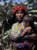 Embera Mother and Child, Hands Black from Body Dye, Embera Indian Village, Gatun Lake, Panama Photographic Print by Cindy Miller Hopkins