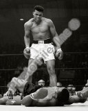 Muhammad Ali - 1965 1st Round Knock out Against Sonny Liston Vertical Photographie
