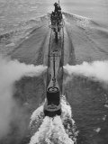 Submarine Roaring Through the Ocean Lámina fotográfica de primera calidad por Dmitri Kessel
