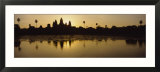 Silhouette of a Temple at Sunrise, Angkor Wat, Cambodia Kunstdrucke von  Panoramic Images