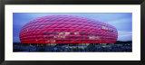 Soccer Stadium Lit Up at Dusk, Allianz Arena, Munich, Germany Kunstdruck von  Panoramic Images