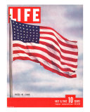 American Flag, July 6, 1942 Photographic Print by Dmitri Kessel