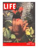 Tahitian Girl Bathing, January 24, 1955 Photographic Print by Eliot Elisofon
