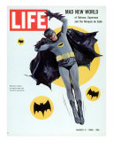Adam West as Superhero Batman, March 11, 1966 Reproduction photographique sur papier de qualité par Yale Joel