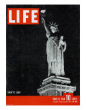 Liberty's Light, June 26, 1944 Premium Photographic Print by Dmitri Kessel