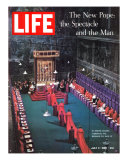 The New Pope, Vatican Interior, July 5, 1963 Photographic Print by Dmitri Kessel