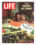 Shastri's Last Journey, Funeral of Indian PM Lal Bahadur Shastri, January 21, 1966 Photographic Print by Larry Burrows