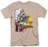 DC Comics - Superman - Off The Rails T-shirts