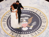 President Barack Obama and First Lady Michelle Dance, Commander in Chief Ball, January 20, 2009 Fotografisk trykk
