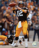 Terry Bradshaw Passing Photo
