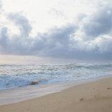 Cloudy and Gray Overcast Sky over the Sea Reprodukcja zdjęcia