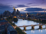Skyline, Frankfurt-Am-Main, Hessen, Germany Photographie par Walter Bibikow