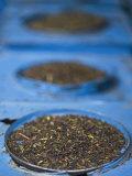 Tea for Sale in Market, Darjeeling, West Bengal, India Fotografie-Druck von Jane Sweeney