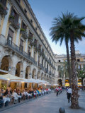 Placa Reial, Barcelona, Spain Photographic Print by Alan Copson