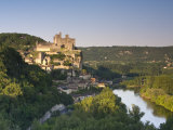 Chateau at Beynac-Et-Cazenac and Dordogne River, Beynac, Dordogne, France Photographic Print by Doug Pearson
