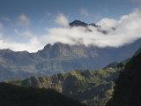 Reunion Island, Cirque De Cilaos, Le Piton Des Neiges Photographie par Walter Bibikow