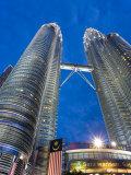Petronas Towers and Malaysian National Flag, Kuala Lumpur, Malaysia Photographic Print by Gavin Hellier