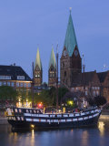 Weser River Waterfront, Bremen, State of Bremen, Germany Photographic Print by Walter Bibikow