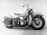 Harley-Davidson Racing Motorcycle Fotografisk tryk af Loomis Dean