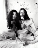 John Lennon and Yoko Ono Photo van Ivor Sharp