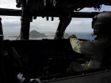 Aircrews Approach Farallon Island Off the Coast of San Francisco, California Lmina fotogrfica por Stocktrek Images