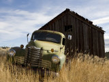 Close View of an Abandoned Pick-Up Truck, Marysville, Montana Fotografiskt tryck av Pete Ryan