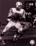 Johnny Unitas - Passing Action (B&amp;W) Prints