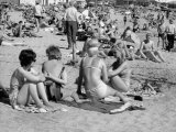 Bathers on the Beach of Tossa De Mar in Catalogna Photographic Print by Vincenzo Balocchi