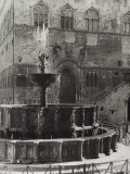 The Fountain Fontana Maggiore, Perugia Photographic Print by Vincenzo Balocchi