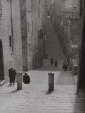 Ancient Street, Siena Fotodruck von Vincenzo Balocchi