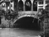The Ponte Vecchio Half Destroyed after the Flood in Florence Photographic Print by Vincenzo Balocchi