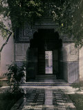 Entrance to the Bahia Palace, Marrakech Photographic Print by Henrie Chouanard