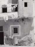 House with Laundry on the Line Photographic Print by Vincenzo Balocchi