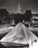 La Pyramide de Louvre Poster by Serge Sautereau