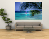 Palm Tree, Swimmers and a Boat at the Beach, Waikiki, U.S.A. Wall Mural by Ann Cecil