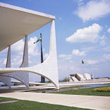 Palacio Do Planalto in Foreground, Brasilia, UNESCO World Heritage Site, Brazil, South America Photographic Print by Geoff Renner