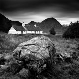 Black Rock Cottage and Buachaille Etive Mor, Rannoch Moor, Near Fort William, Highlands, Scotland Photographic Print by Lee Frost