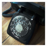 Nicolas Hugo - American Antiques: Telephone Digitálně vytištěná reprodukce